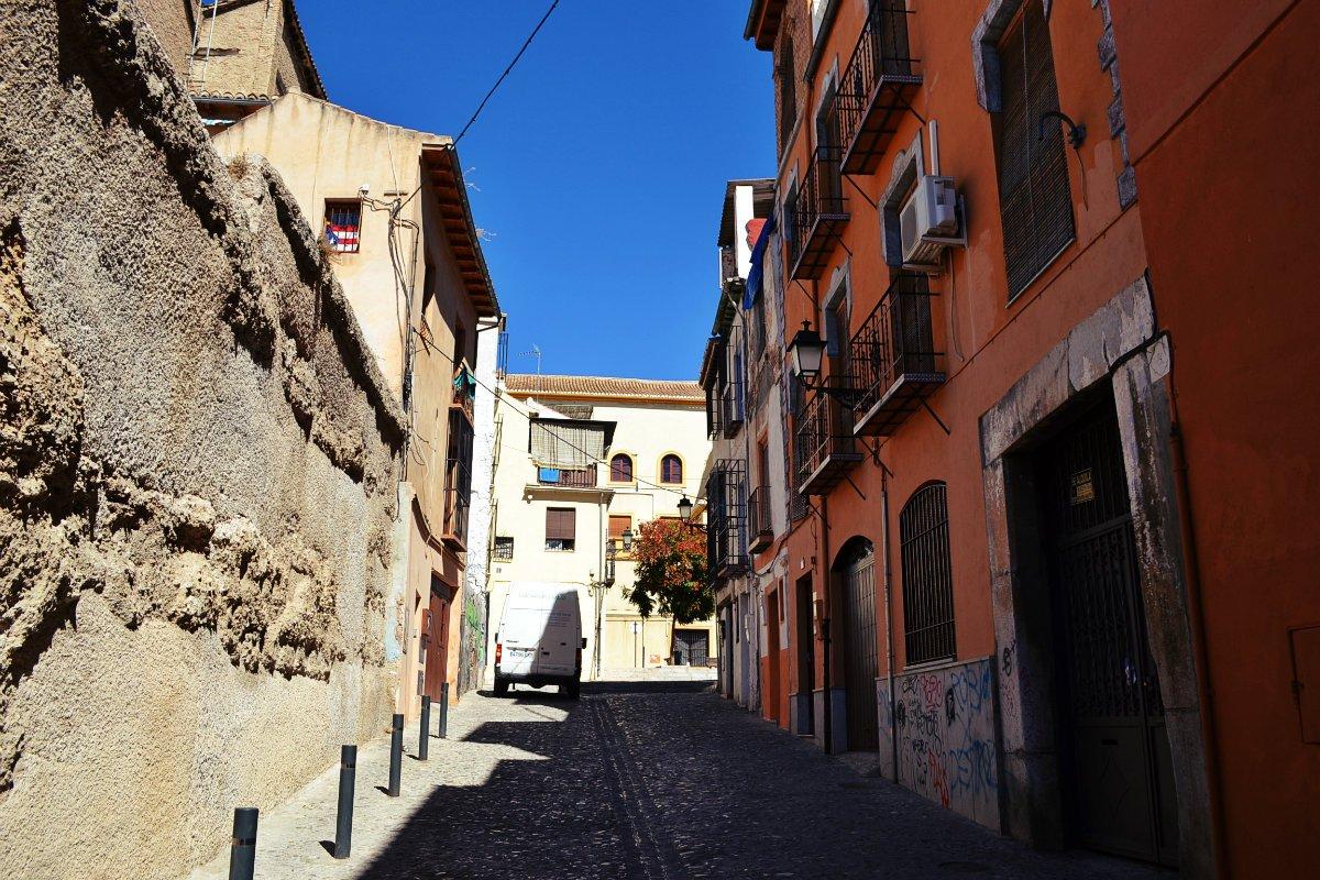 Granada 9