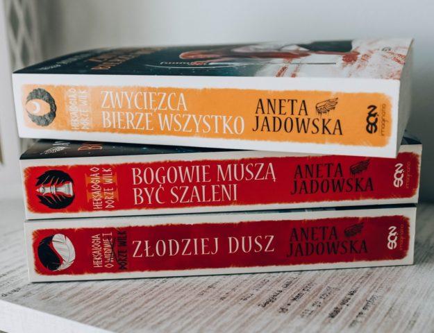 3 tomy heksalogii o Dorze wilk - Aneta Jadowska